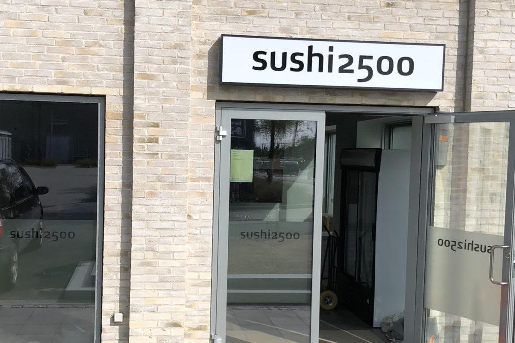 Sushi2500 Trekroner Centervej Sushi